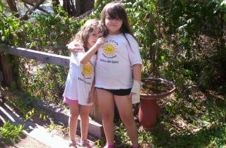 100_6547.JPG Sisters