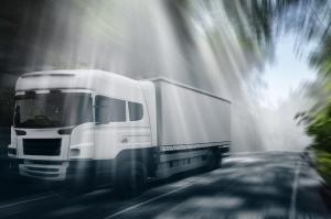 Crop Truck-in-the-road_MJ7W3qSu