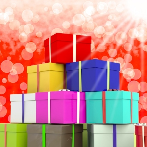 Multicolored-giftboxes-with-bokeh-background-as-presents-for-the-family crop