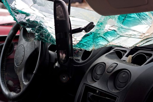 inside-interior-view-of-a-car-that-was-in-a-bad-accident_rYbzOqu0rs