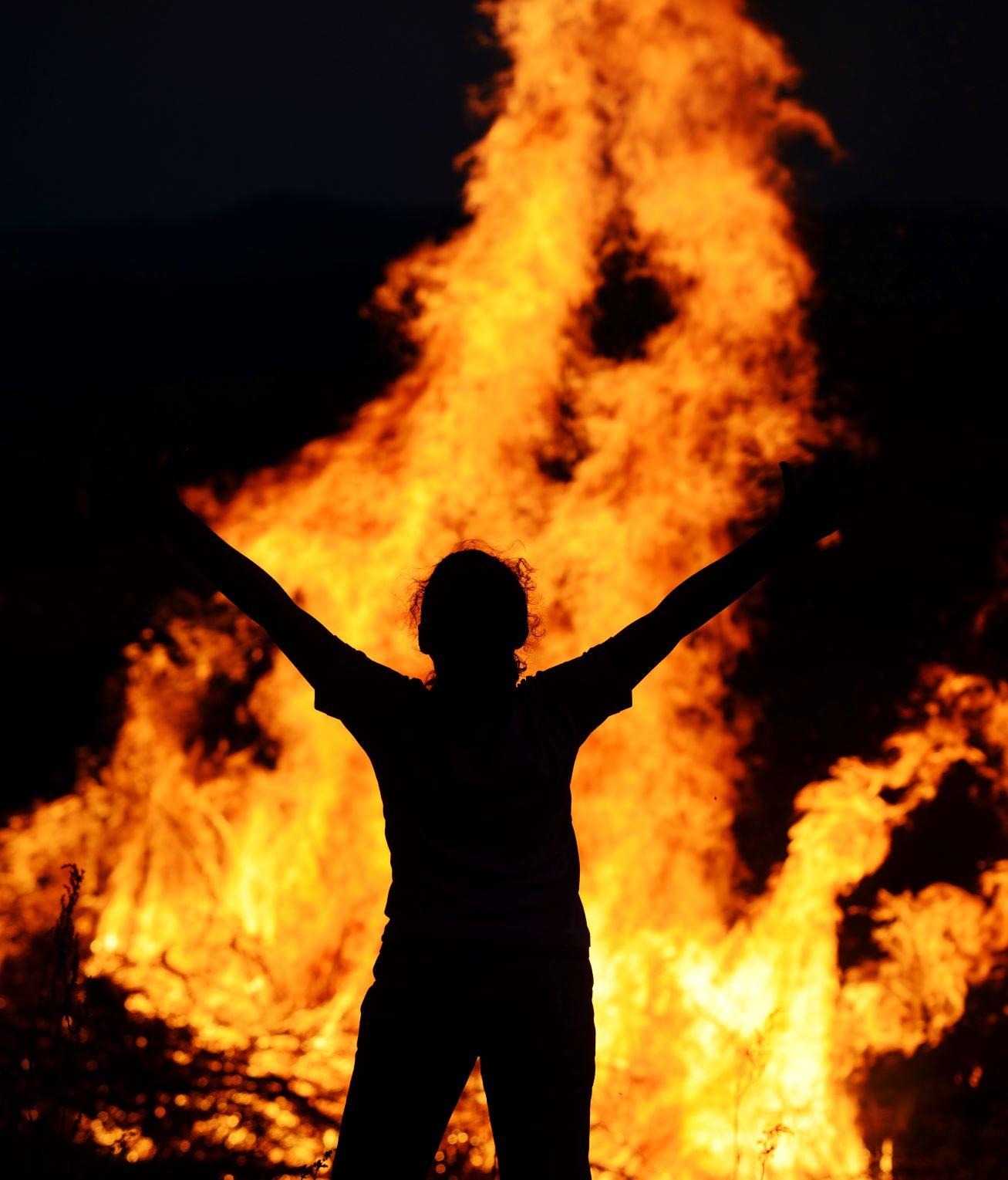 man-on-fire_BKWen6Bi